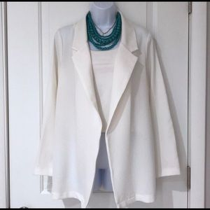 NWOT Lush white crepe open-front blazer Size S